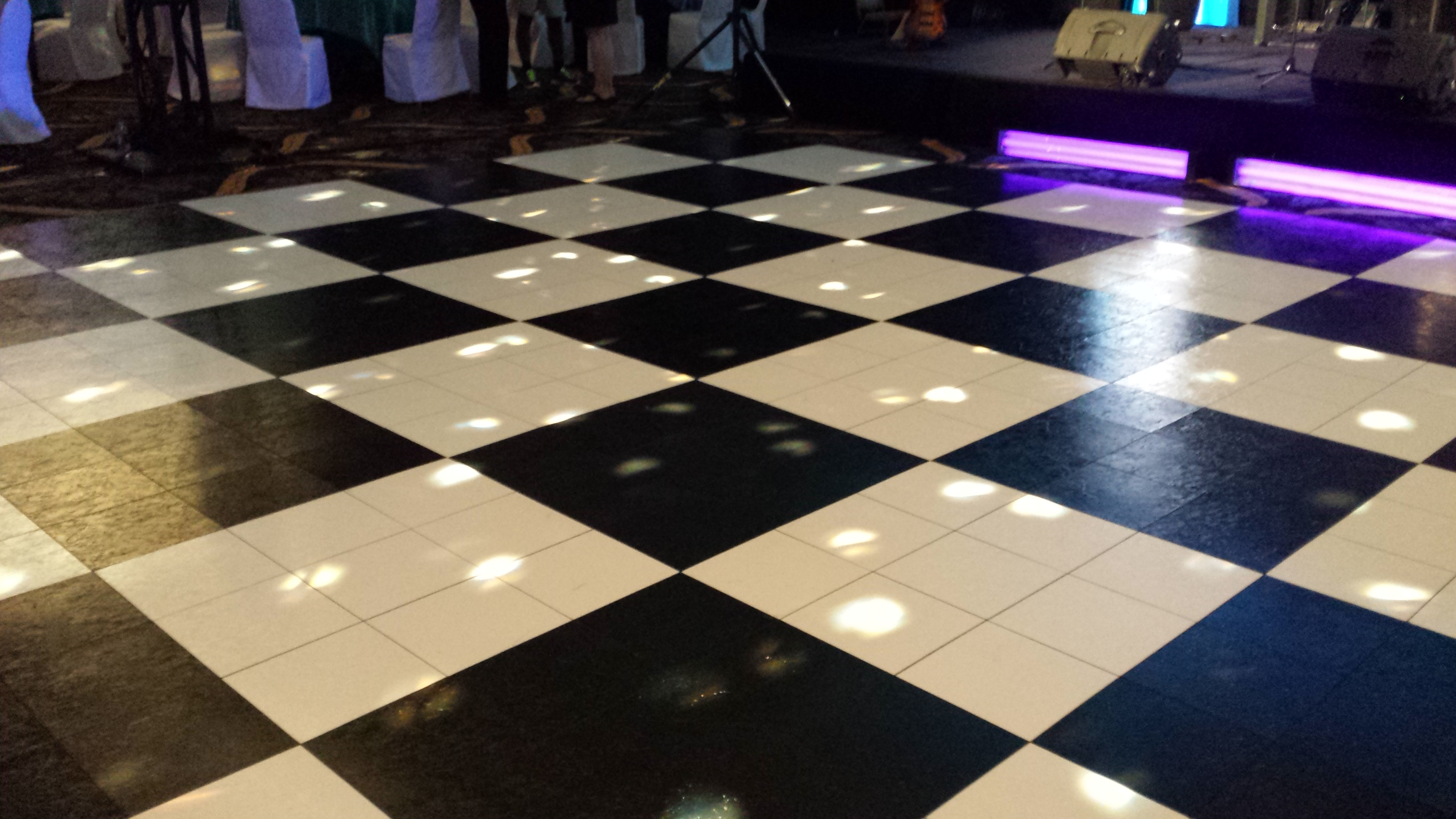 Destination Events Black And White Dance Floor X Destination - Discount dance flooring
