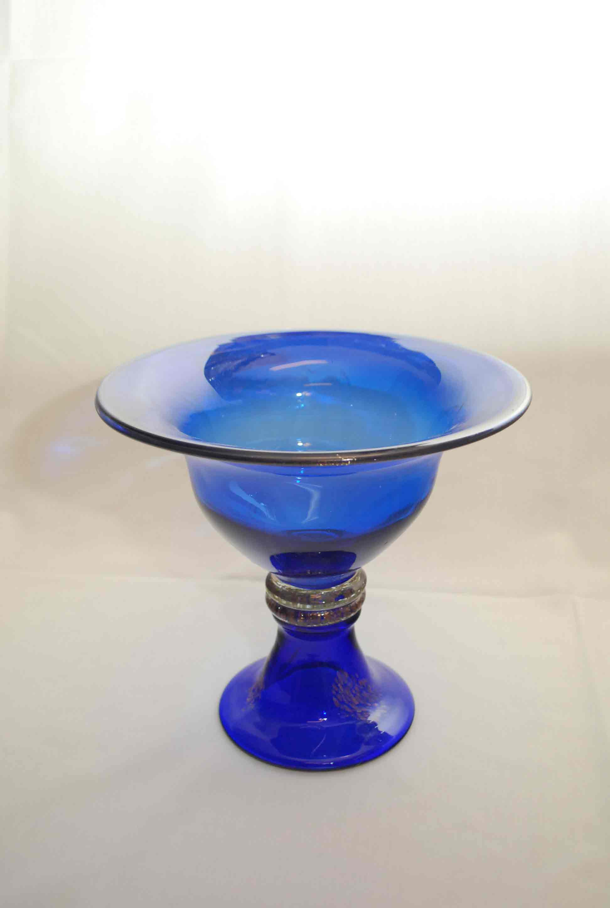 Destination events fluted blue glass bowl with gold trim